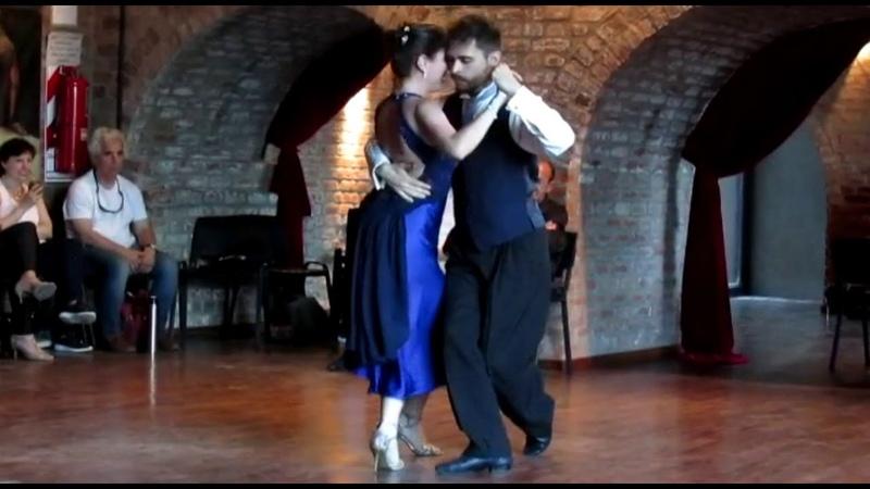 ARRABALERA ( MILONGA ) - Mauro Marquez y Yesica Von Knobloch.