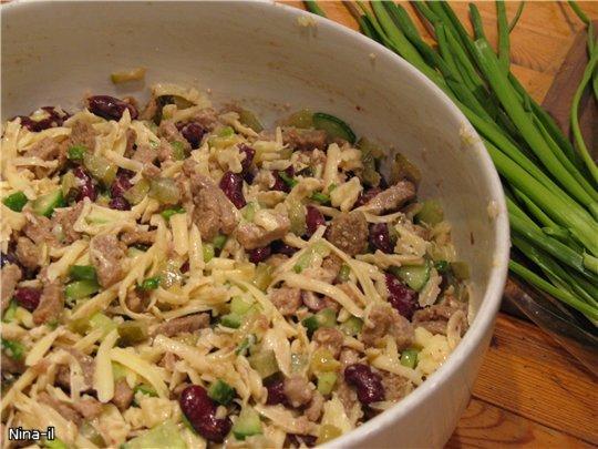 Салат из фасоли и курицы консервированной рецепты
