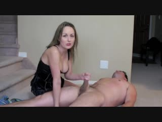 Wife_humiliation_handjob_with_countdown