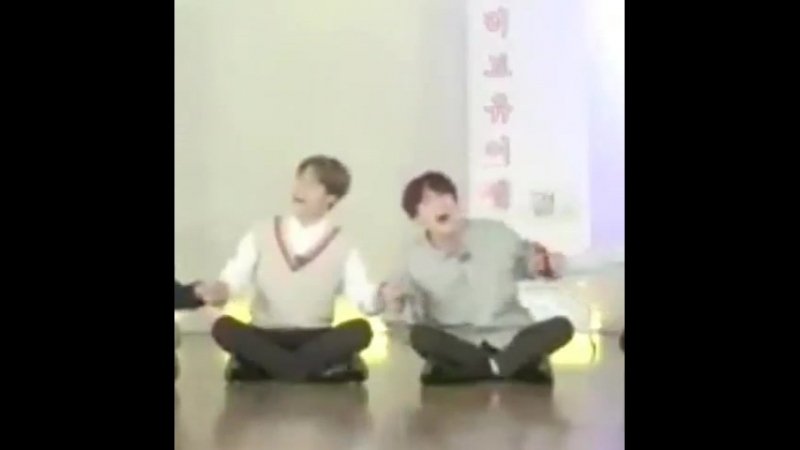 Im just so happy seeing my babies sitting beside and holding hands