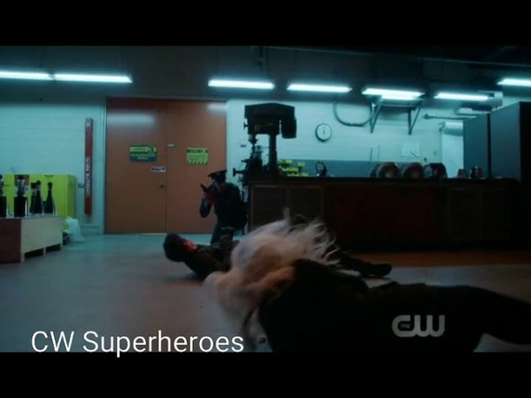 The Flash 5x09 Elseworlds | Killer Frost Is Scared Of AMAZO