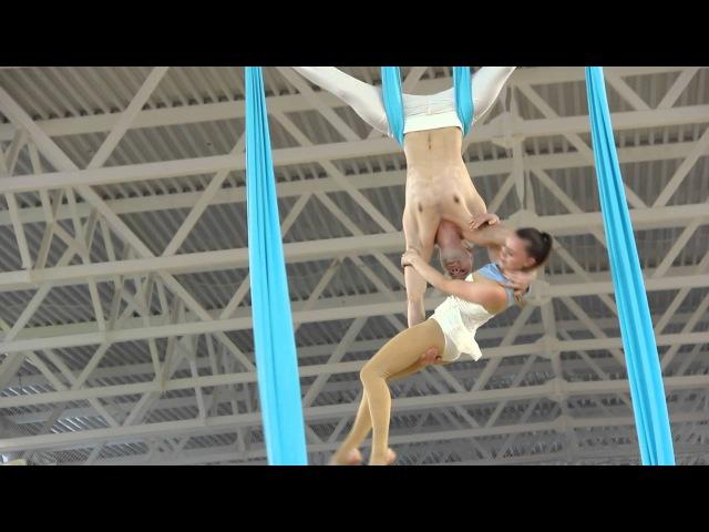 Воздушные гимнасты Honey moon