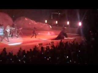 Rihanna - Man Down (Royal Farms Arena, Baltimore, 09.04.2016)