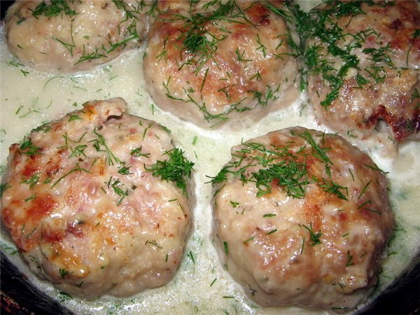 Котлеты в духовке под соусом рецепт