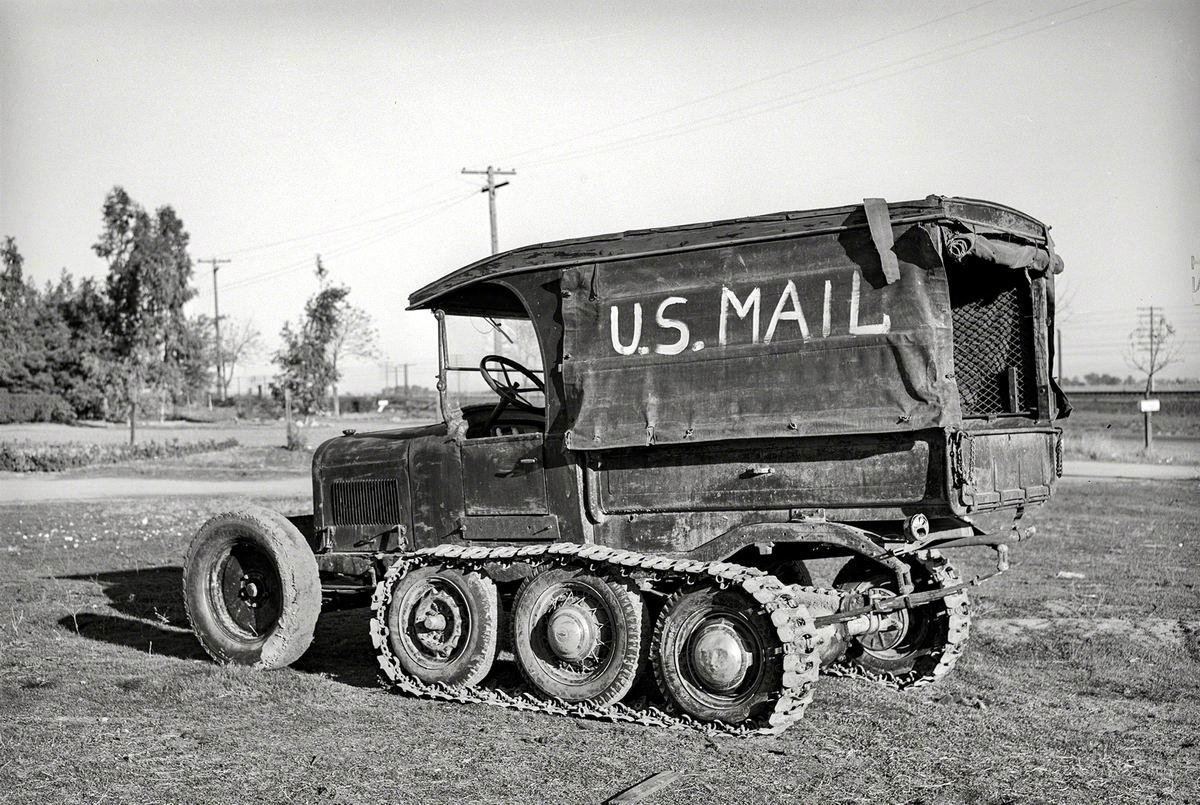 Через любые лужи и болота : Американский почтовый вездеход (1940 год)