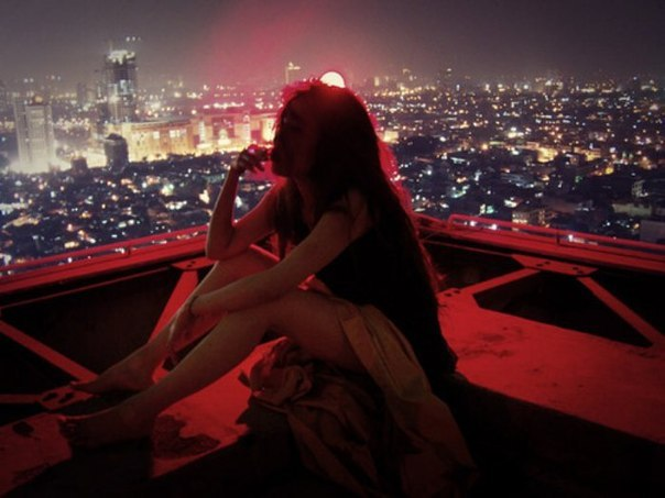 Royksopp - Here She Comes Again LYRICS текст перевод
