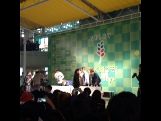 [ФАНКАМ] СынХун танцует под рэп Мино !