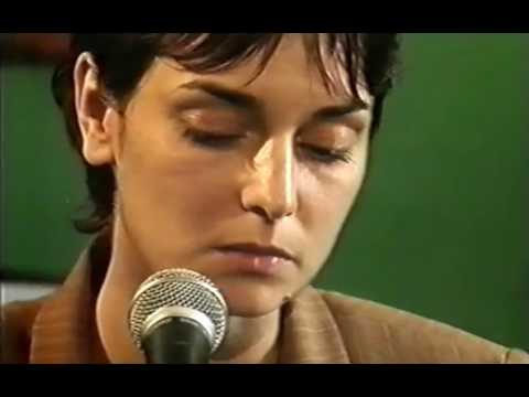 Sinead OConnor Christy Moore -First Time Ever I Saw Your Face (RTE Uncovered)
