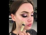 Идея строгого вечернего макияжа