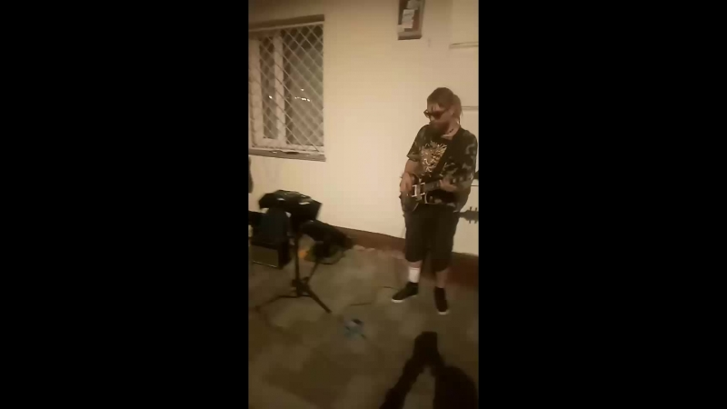 Ladrumm feat beatboxer Slike