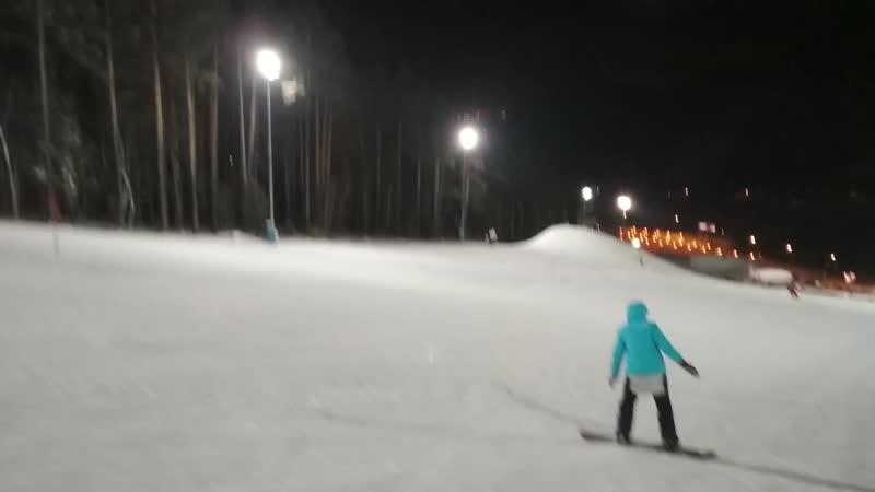 Первый раз на сноуборде:)