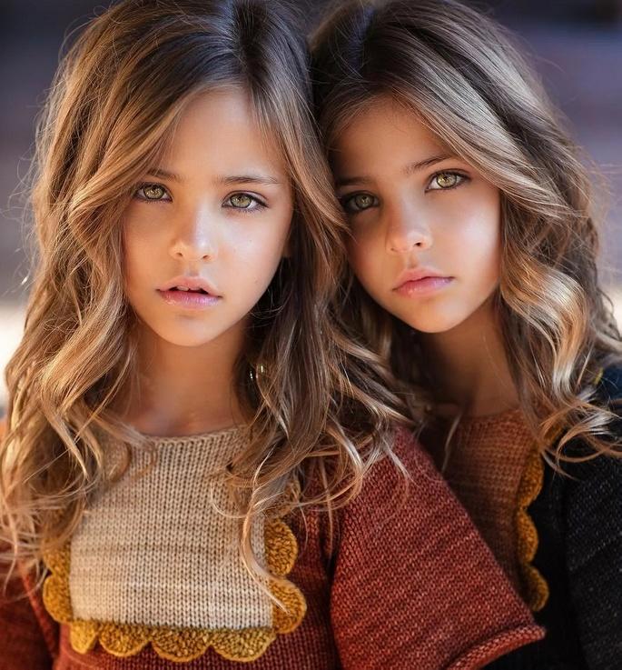 красивые близнецы фотомодели
