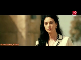 Monica bellucci - yes im famous