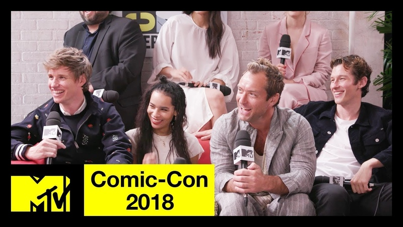 'Fantastic Beasts: The Crimes of Grindelwald' Cast on SEXY Dumbledore More! | Comic-Con 2018