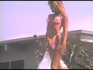📼 Wild Bikini Contests