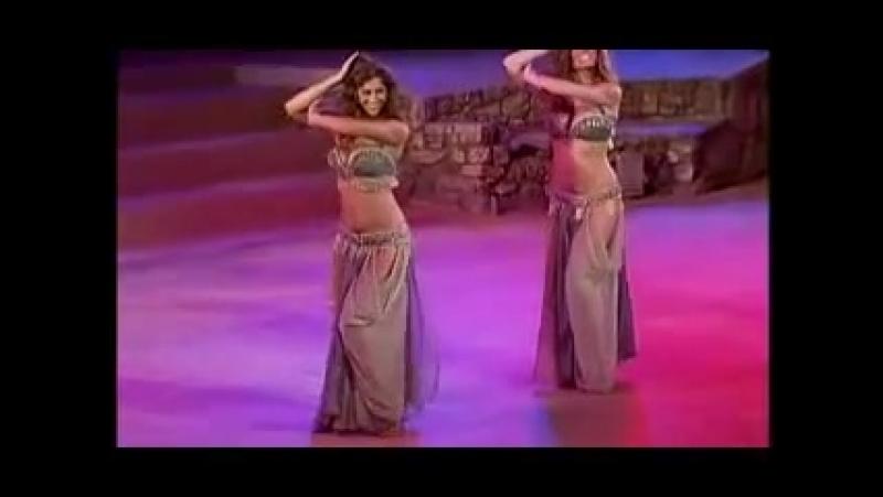 Не реальный танец живота.mp4