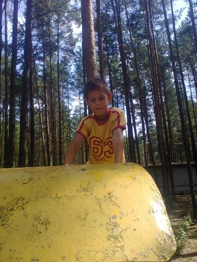 Саша Кузнецов, 24 апреля 1999, Великие Луки, id201490679