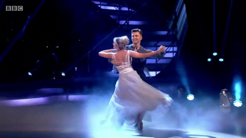 'Strictly Come Dancing' First Show Sees Faye Tozer And Ashley Roberts Top The Leaderboard