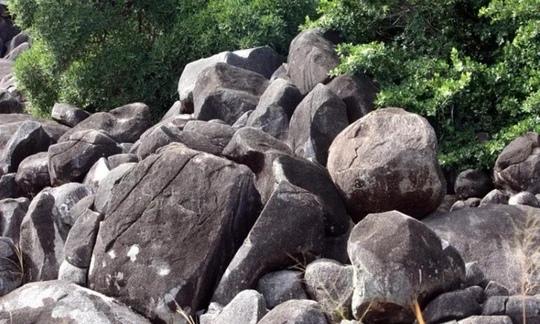 Загадочная и страшная Калкаджака: кто живёт внутри чёрной горы