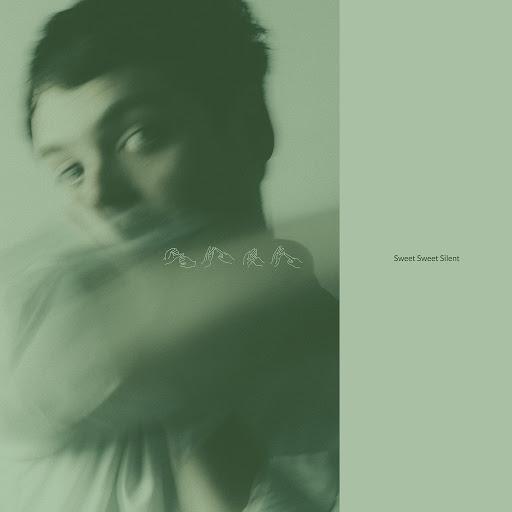 Sivu альбом Sweet Sweet Silent (Deluxe Version)