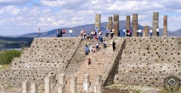 Стражи храма Утренней Звезды О Туле и тольтеках исследователи древних цивилизаций Мезоамерики знали из устных преданий, полученных от индейцев ещё первыми испанскими конкистадорами и монахами
