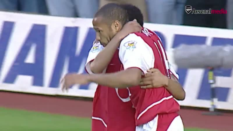 OnThisDay in 1999, @pennant83 became a Gunner - - Lets throw it back to May 7, 2003, when he scored this -minute hat-trick again