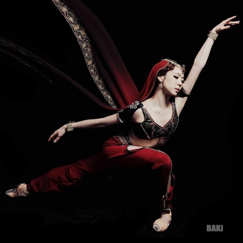 """""""Баядерка"""" в исполнении артистов Корейского Национального балета"""