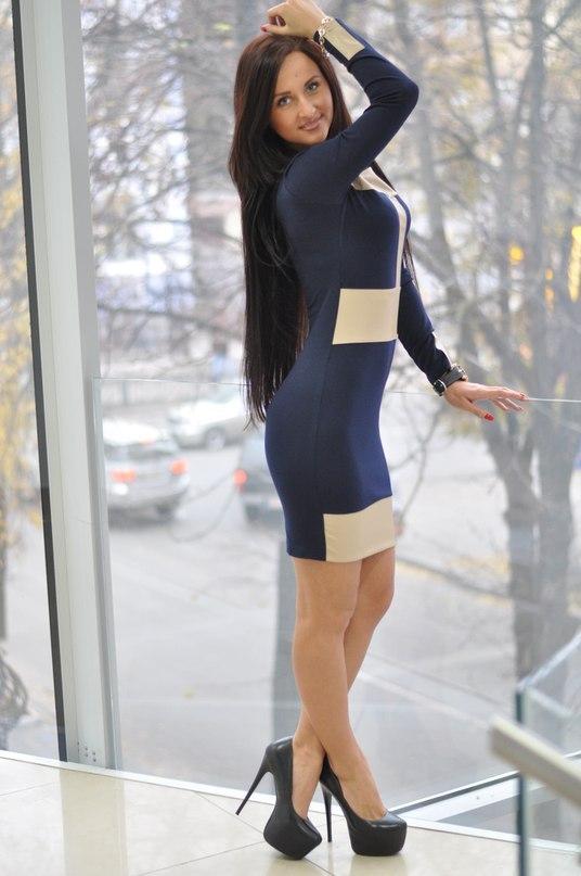 Самые модные платья доставка