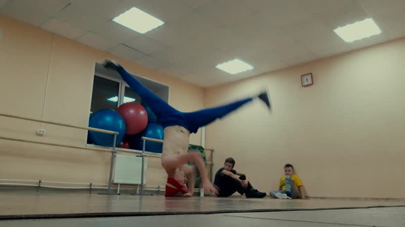 B-BOY ЗЁЗИК (MY PRACTICE - HEADSPIN TO ELBOW)