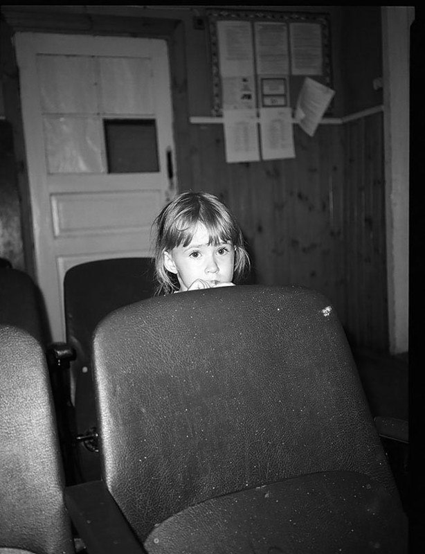 WgwKFchrRWI - Есть девушки в русских селеньях: фоторепортаж из глубинки