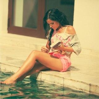 для певица татьяна бондаренко фото в купальнике даю