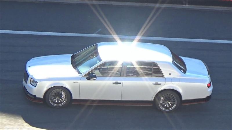 トヨタ・新型センチュリーGRMN豊田社長とお披露目、運転手はあの最速ド1