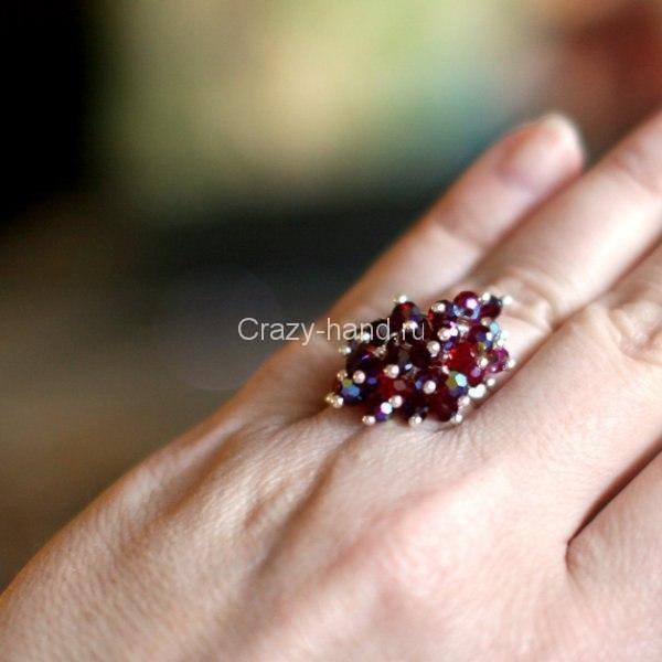 Как сделать кольцо из бусин своими руками 56