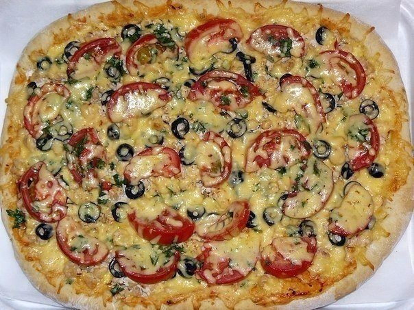 Пицца «Замечательная» Для теста: 500 г муки, ½