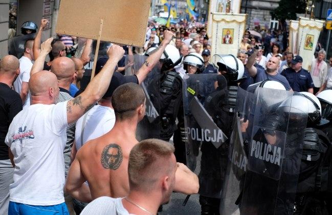 """Поляки: """"Бандеровцы и их сторонники – вон из Польши"""""""