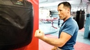Как научиться бить боковые удары с нуля / Отработка сильного удара на боксерской груше rfr yfexbnmcz ,bnm ,jrjdst elfhs c yekz /