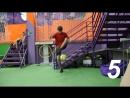 10 способов поднять мяч с земли
