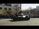 Танки МС-1, Т 34-85, ИСУ 152 и ИС 3 на Параде Победы в Хабаровске .
