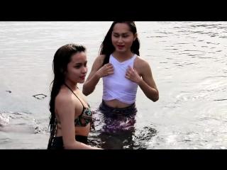 Beautiful Cambodian Girls in Bikinis