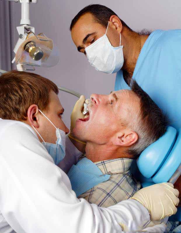 После пломбы болит зуб
