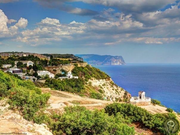 Малоизвестные уголки Крыма Есть в Крыму уголки, которые цивилизация как будто обошла стороной. Здесь нет ночных баров и дискотек, вечно нетрезвых соотечественников, зато можно увидеть почти