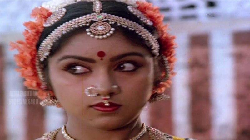 Tamil Film Song | Kavithai Kelungal | Punnagai Mannan | Kamal Hassan Revathi | Vani Jairam