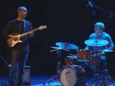 Ahmad Mansour Trio with Stomu Takeishi Ted Poor - Geneva 2006