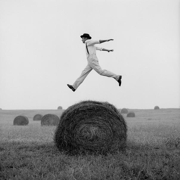 Снимки Rodney Smith (1947-2016). Концептуальный сюрреализм.