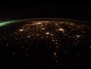 Полет над ночной Землей