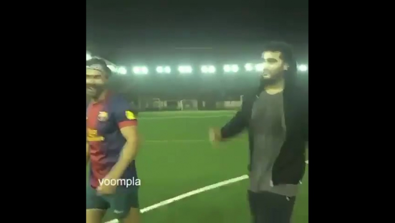 Варун и футбол ⚽