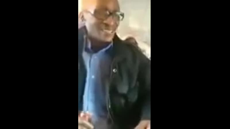 Un noir raciste affirme quil faut tuer les blancs dans le métro et les témoins unilatéralistes font les autruches !