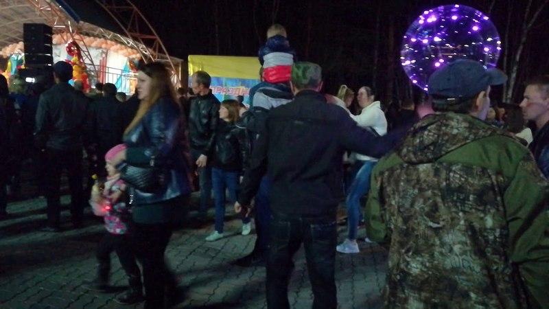 Не плач девчонка. 9 мая в Комсомольске - на-Амуре