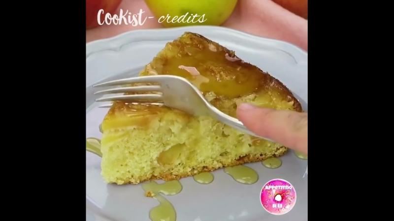 Сочный и нежный яблочный пирог «Перевертыш» 🤤