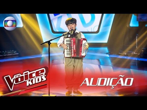 Thomas Machado canta 'Beijinho Doce' na Audição – The Voice Kids Brasil   2ª Temporada